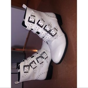 NEVER WORN white booties